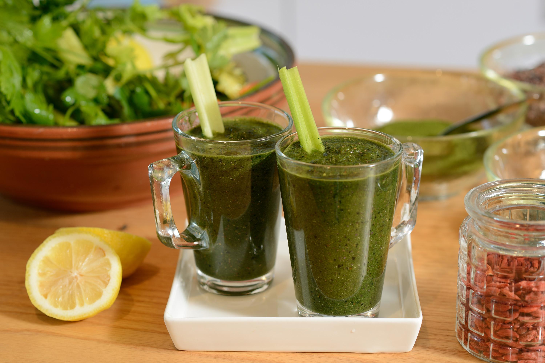 ירקות ירוקים לתהליך ניקוי